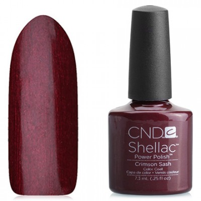 Shellac CND Crimson Sash (deep crimson with flicker) CND Shellak Crimson Sash gel has an incredible strength and durability of the coating, which retains its appearance for at least 14-17 days, lack of chips and damages, ease of application and removal